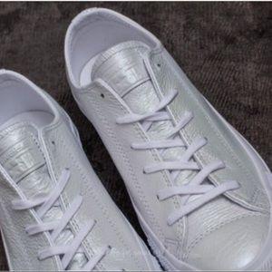 NWT Converse Ctas OX White White Pearls W AUTHENTI